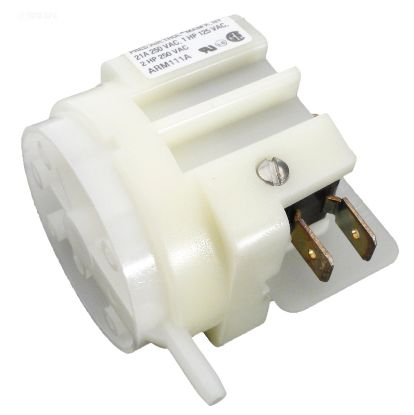 AIR SWITCH SPDT MOMENTARY 21AMP PRESS AIR TROL ARM111A